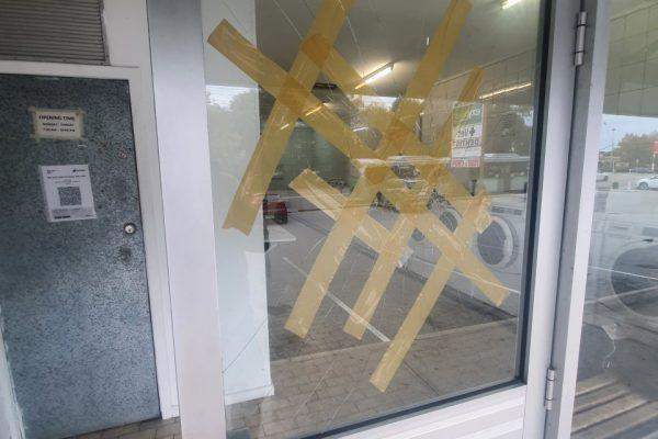 commercial-glass-repair4